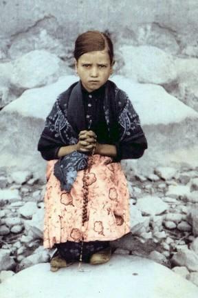 Bienheureuse Jacinta Marto (1910-1920), une des 3 pastoureaux