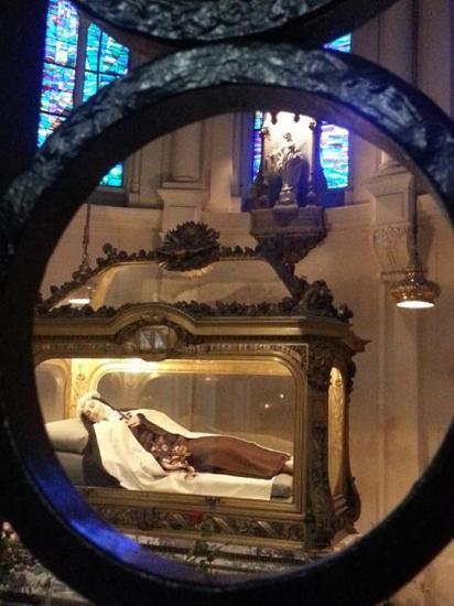 Dépouille de Sainte Thérèse, Sanctuaire de Lisieux