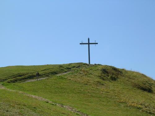 Croix de la Salette : clouez ou déclouez Jésus !
