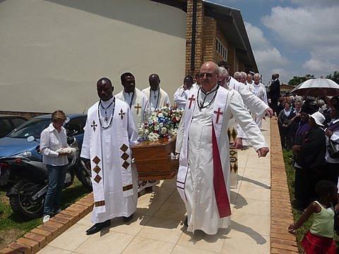 Père Louis Blondel, assassiné le 7 décembre 2009 à Diepsloot (Afrique du Sud)