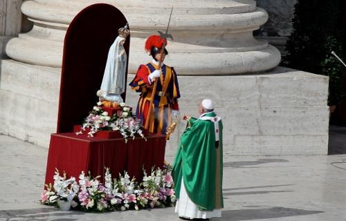 Pape François et Notre-Dame de Fatima,13 octobre 2013