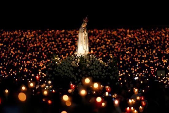 Procession aux flambeaux, Vierge de Fatima, Rome, octobre 2013