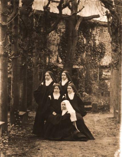 Sainte Thérèse et Carmélites de Lisieux