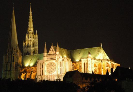 Chartres, la nuit