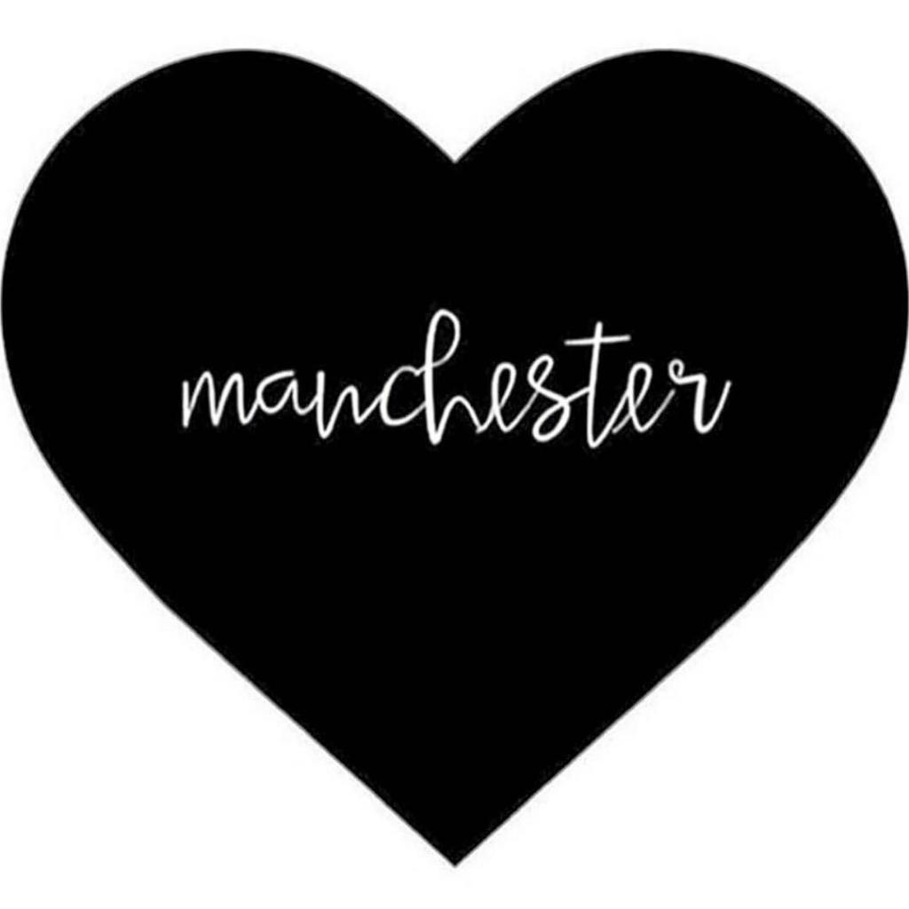 Coeur pour les victimes de Manchester