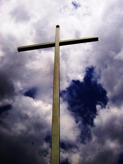 Croix ciel nuageux kibeho rwanda parousie overblog fr